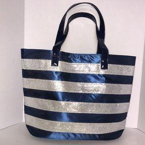 Handbags - 💕NWOT Navy blue and metallic silver tote